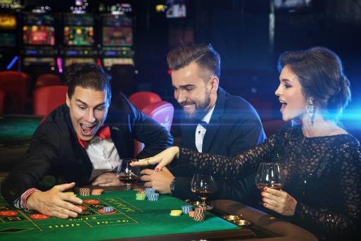Spela poker hemma 43993