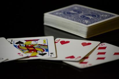 Kortspel slå 22072